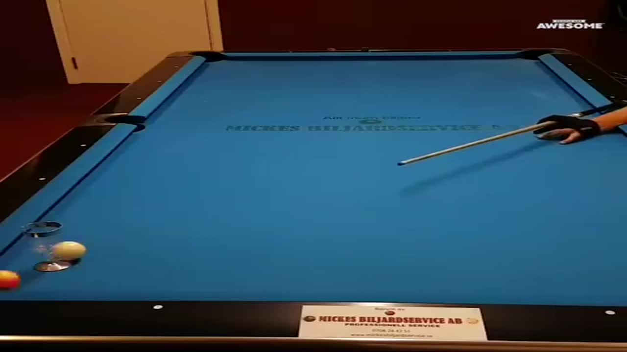 awesome-trick-shots-pool
